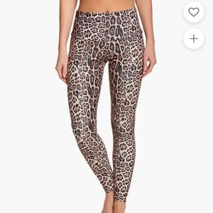 Onzie High Rise Leopard Leggings